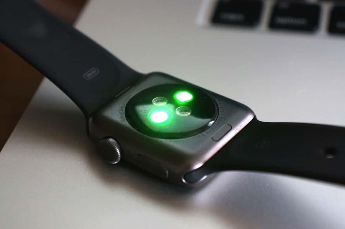 Apple Watch 心拍センサー