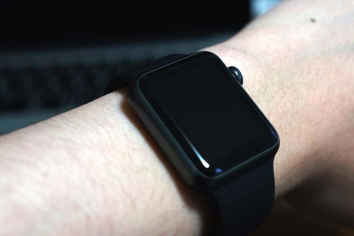 Apple Watch Sport 着用