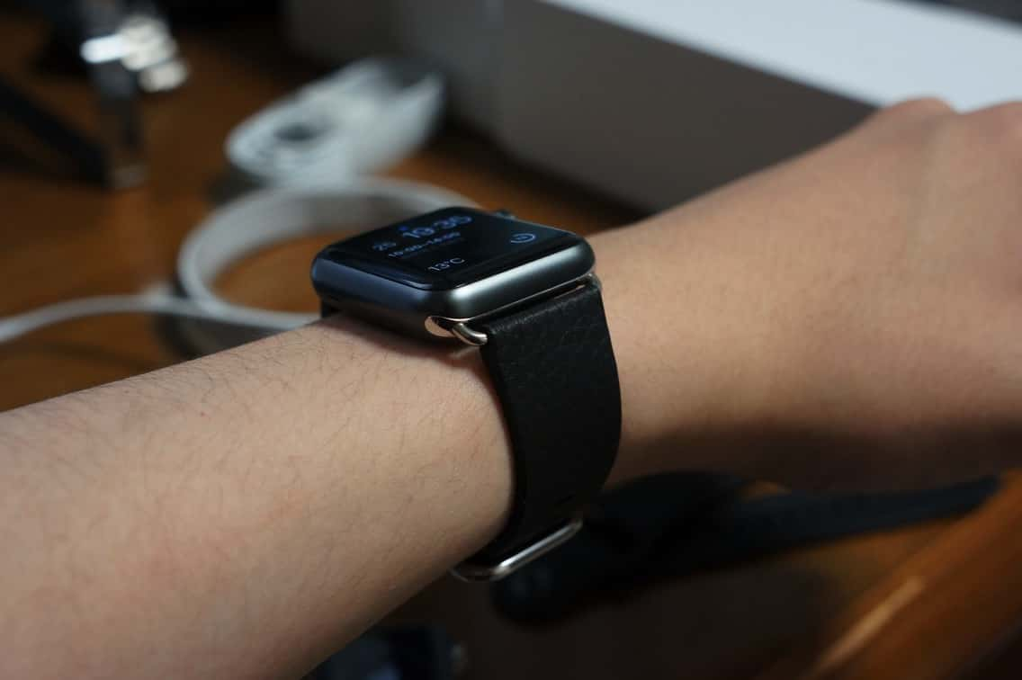 Apple Watch バンド付け替え