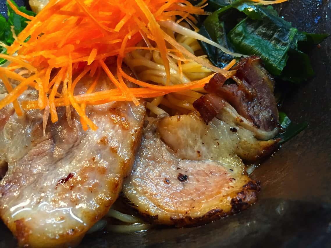 [金沢グルメ]片町で伝説の油そばをとうとう食べたよ!ラーメン『鳳凰(ほうおう)』