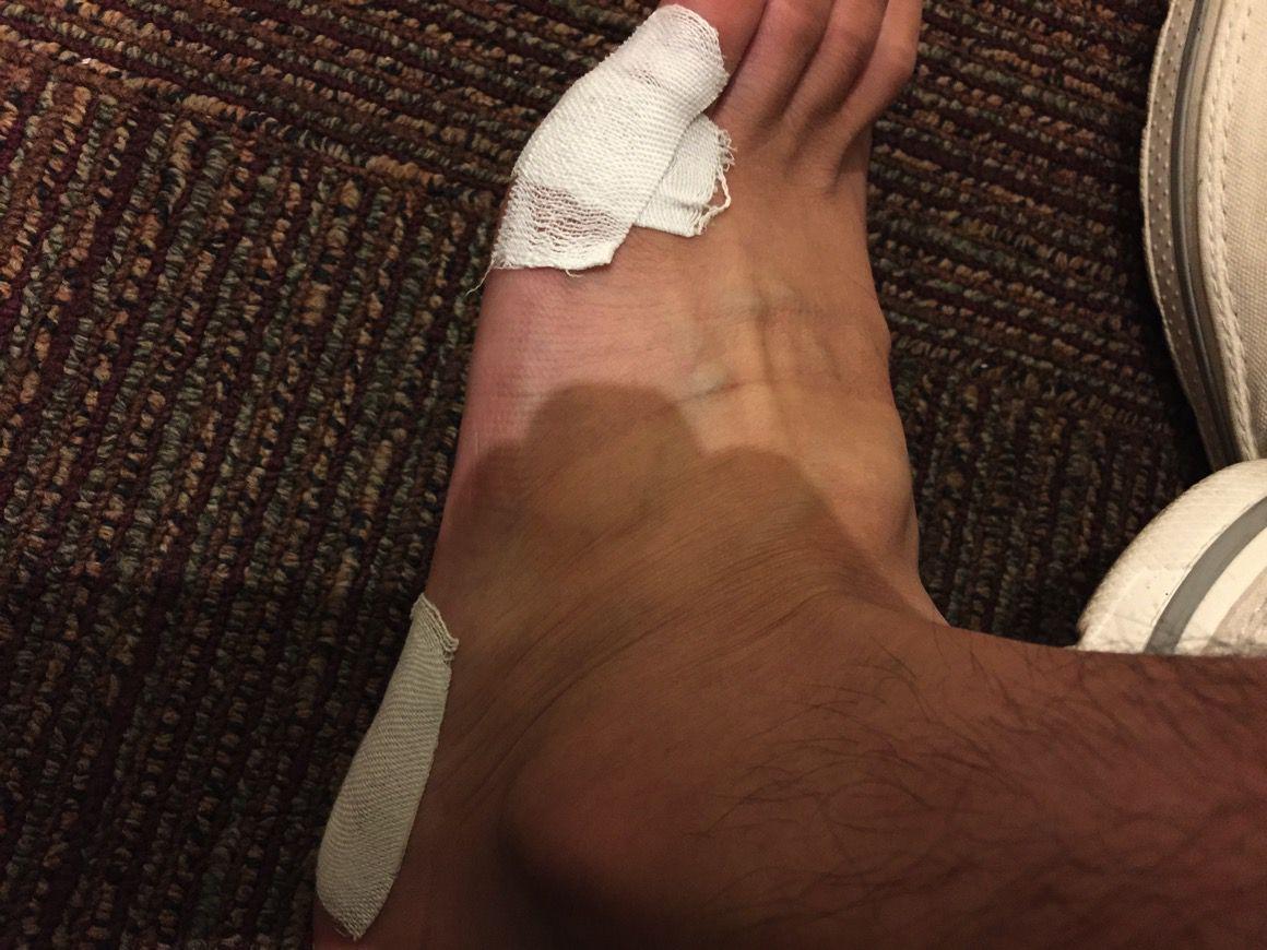 足臭対策で靴下を履かずに40km歩いた結果、靴下を履く意味が判明
