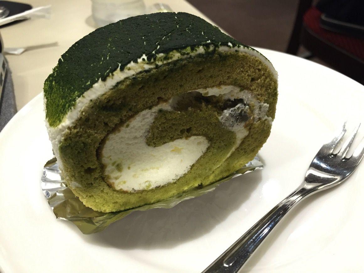 ルノアール 抹茶ロールケーキ