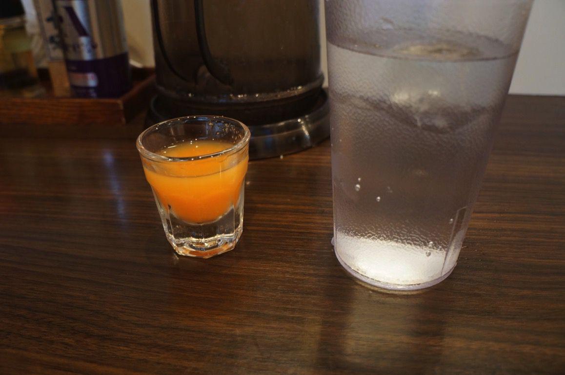 食事前の野菜ジュース